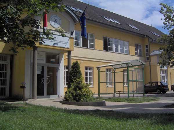 Az Észak-magyarországi Regionális Munkaügyi Központ szerepe a foglalkoztatás elősegítésében