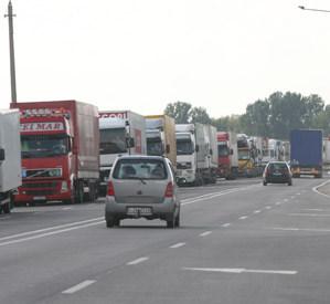 Gumikacsa kamionosoknak