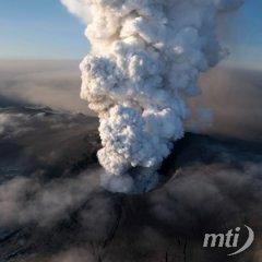 Nem nyugszik az izlandi vulkán