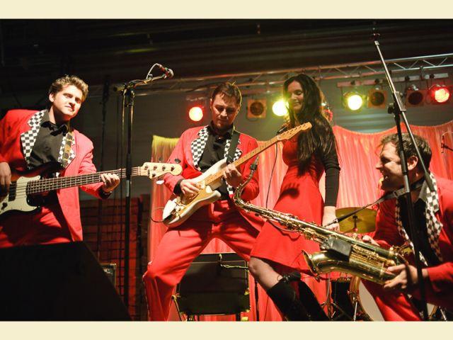 Fesztivált nyit a Pedrofon zenekar